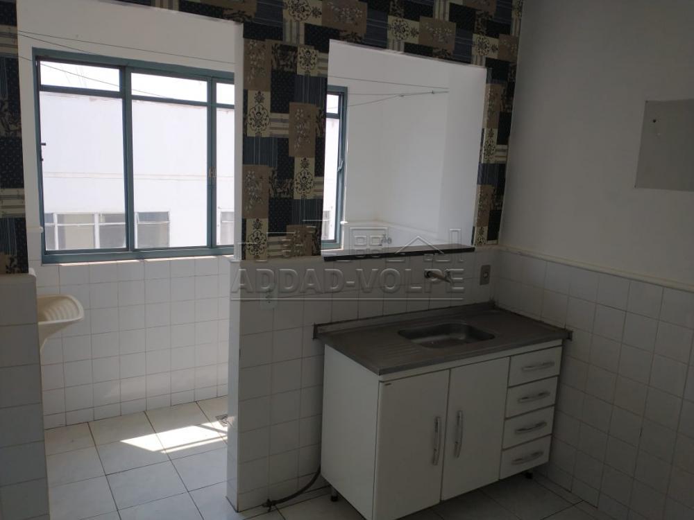 Comprar Apartamento / Padrão em Bauru apenas R$ 140.000,00 - Foto 2