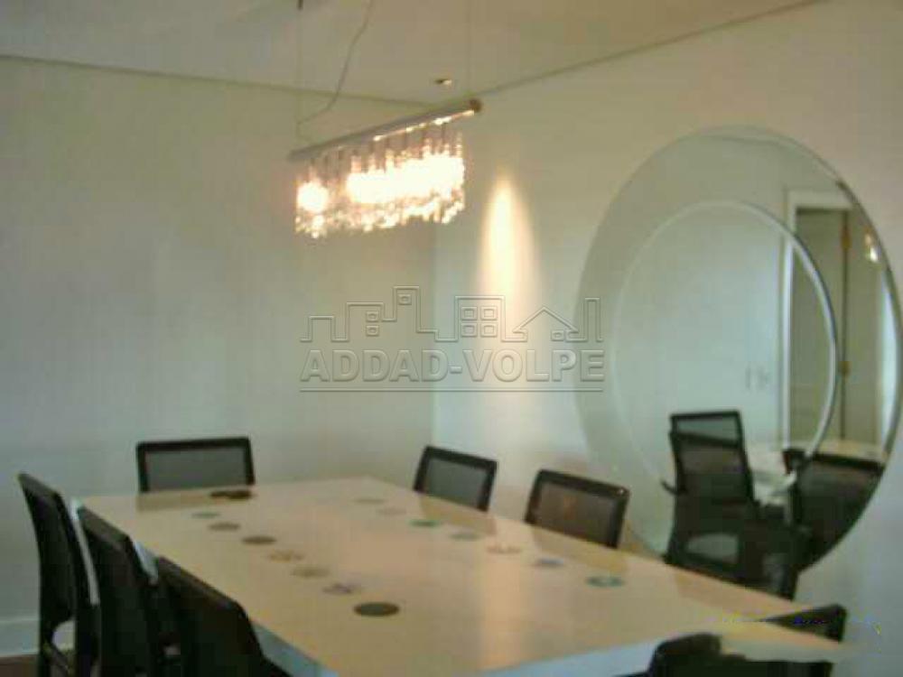 Alugar Apartamento / Padrão em Bauru R$ 10.000,00 - Foto 1