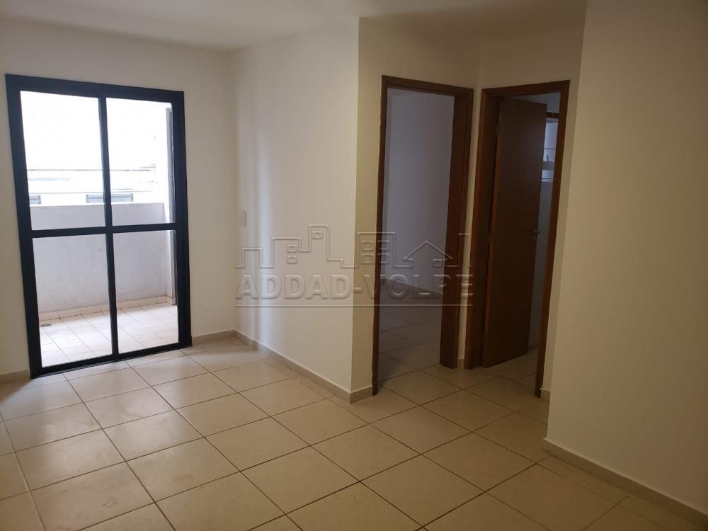 Alugar Apartamento / Padrão em Bauru R$ 1.400,00 - Foto 2
