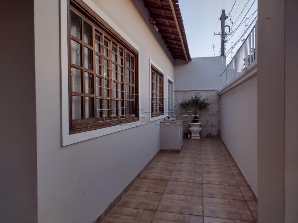 Alugar Casa / Padrão em Bauru R$ 2.000,00 - Foto 1