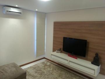 Alugar Casa / Condomínio em Piratininga. apenas R$ 920.000,00