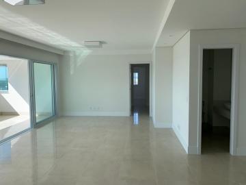 Alugar Apartamento / Padrão em Bauru. apenas R$ 1.070.000,00