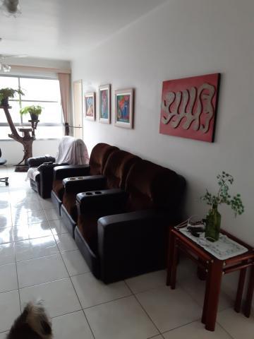 Alugar Apartamento / Padrão em São Vicente. apenas R$ 400.000,00