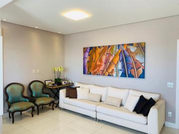 Alugar Apartamento / Cobertura em Bauru. apenas R$ 950.000,00