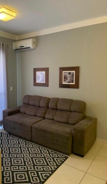 Alugar Apartamento / Padrão em Bauru. apenas R$ 3.000,00