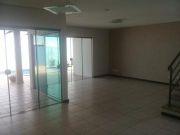 Casa / Condomínio em Bauru Alugar por R$4.500,00
