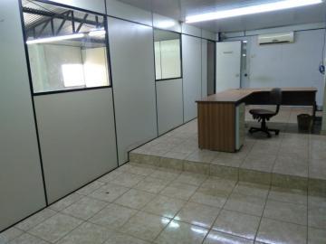 Comercial / Barracão em Bauru , Comprar por R$330.000,00