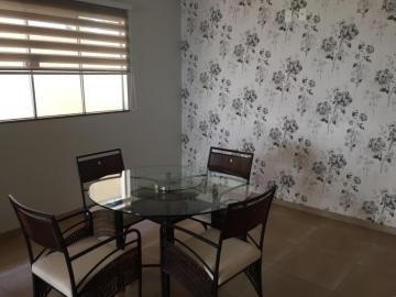 Alugar Casa / Condomínio em Bauru R$ 5.500,00 - Foto 2