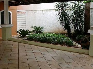 Alugar Casa / Padrão em Bauru. apenas R$ 1.300.000,00