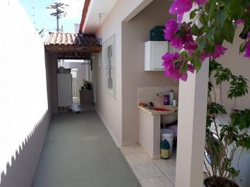 Alugar Casa / Padrão em Bauru. apenas R$ 440.000,00