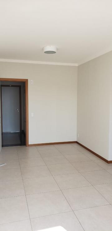 Alugar Apartamento / Padrão em Bauru. apenas R$ 1.070,00