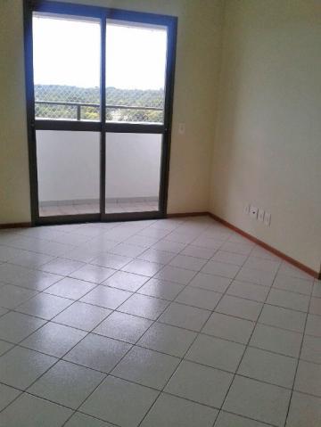 Alugar Apartamento / Padrão em Bauru. apenas R$ 1.000,00