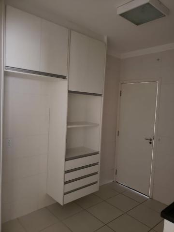 Alugar Apartamento / Padrão em Bauru R$ 1.900,00 - Foto 9