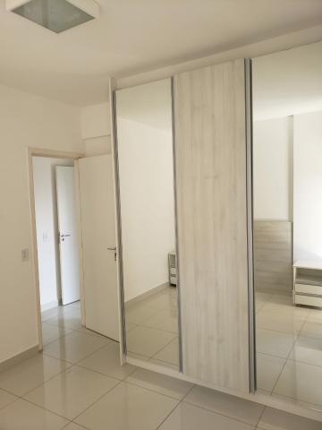Alugar Apartamento / Padrão em Bauru R$ 1.900,00 - Foto 16